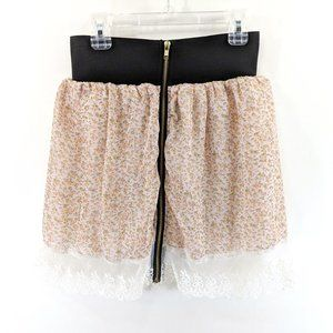 LF Chandelier Elastic Waist Floral Lace Mini Skirt